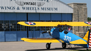 Warbird and Vintage Aircraft Museums